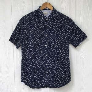 7 Diamonds Short Sleeve Button Up